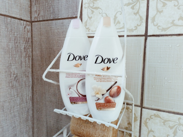 REVIEW: Dove Purely Pampering Body WashRange